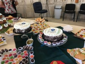 cupcakes, tortas impresas, preparación evento, banqueter