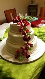 torta-novios-calas-rojas